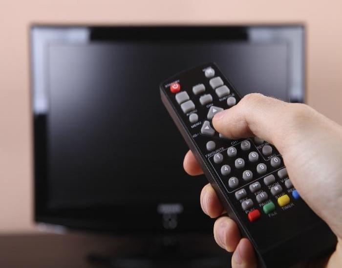 Tivi đang xem tự nhiên sập nguồn – Nguyên nhân và cách khắc phục